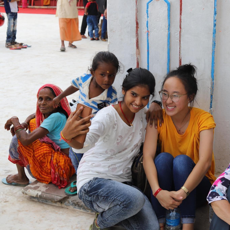 ywam-tyler-missionary-training-outreach-photo-selfie