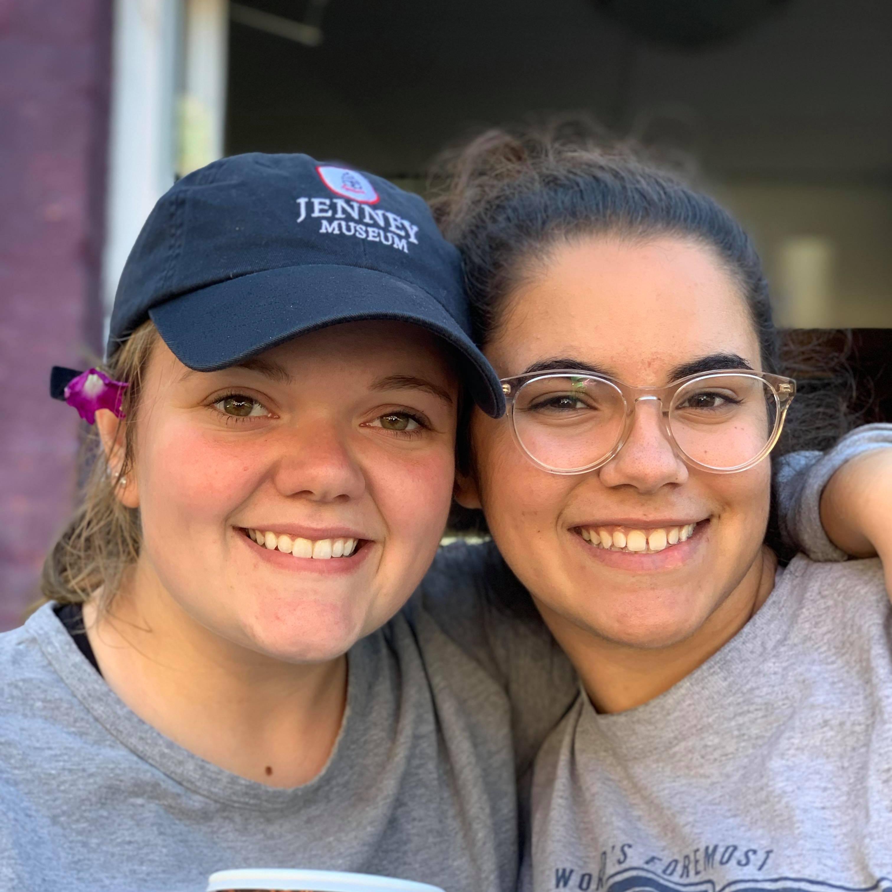 ywam-tyler-missionary-training-2-girls